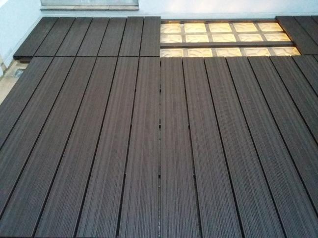 Instalación de suelos de composite en terraza