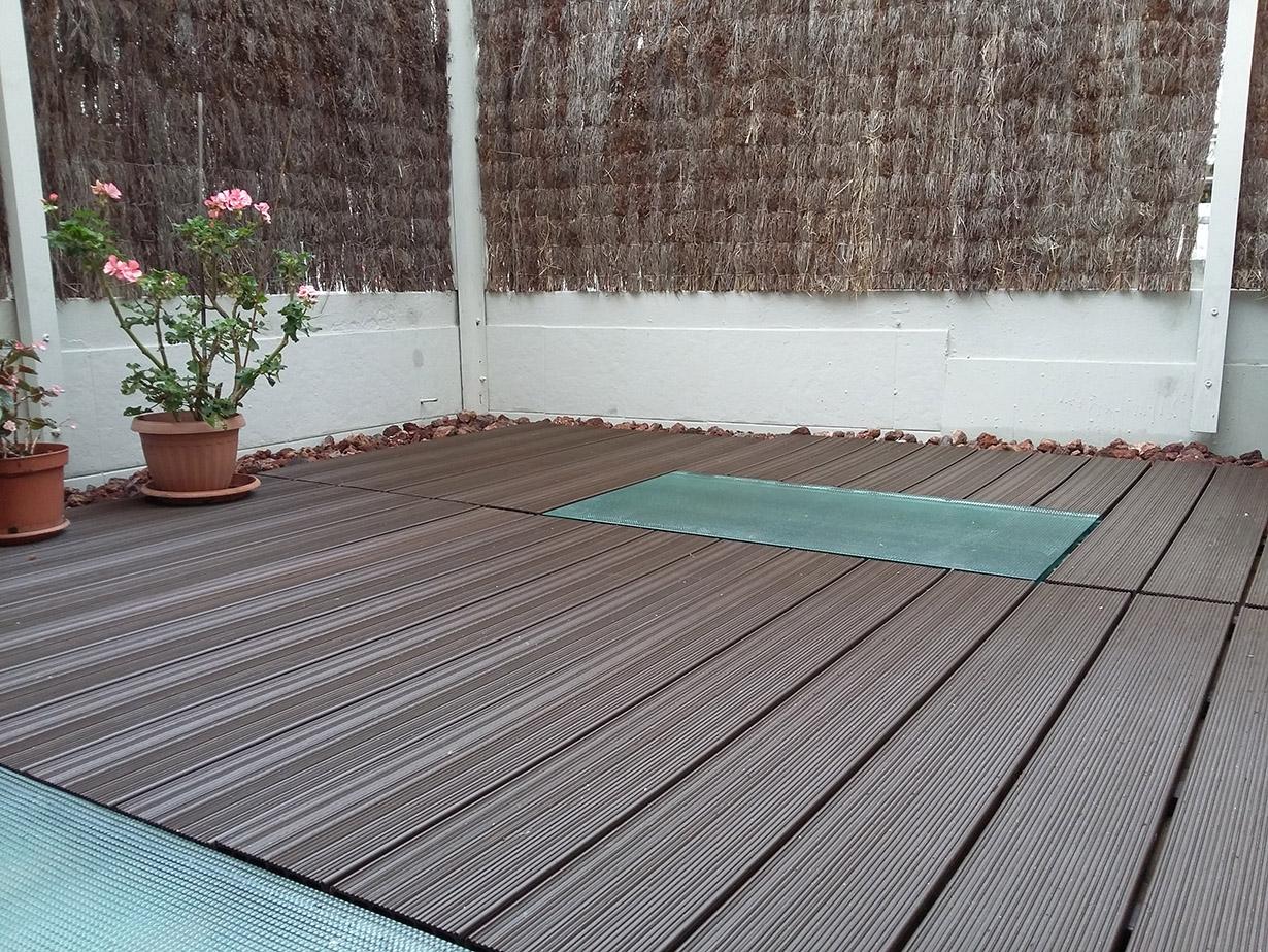 Suelo exterior terraza losetas composite suelos de for Suelo composite exterior