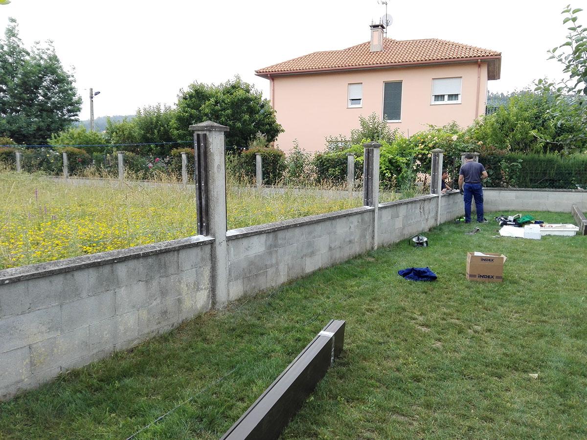 Verjas de madera para jardin vallado de piscina cercos - Vallas jardin pvc ...